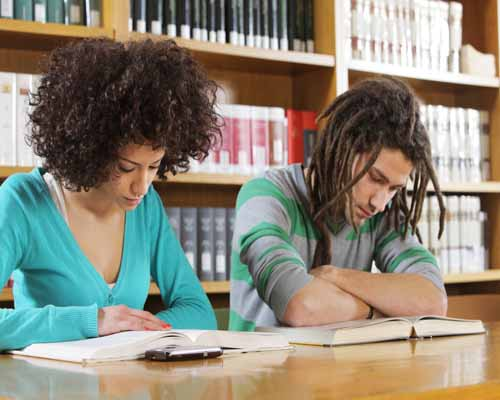essay on pros and cons of college